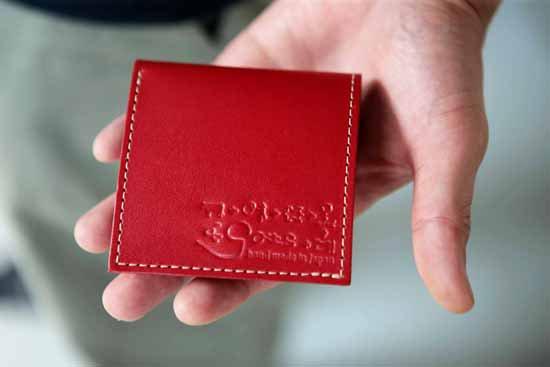 【世界一いや日本一?小さい極小財布】小さいふ。PICCOLO ピッコロ 定番カラー クアトロガッツ