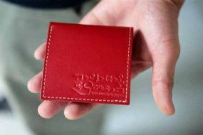 【世界一いや日本一?小さい極小財布】小さいふ。PICCOLO ピッコロ 定番NEWカラー クアトロガッツ