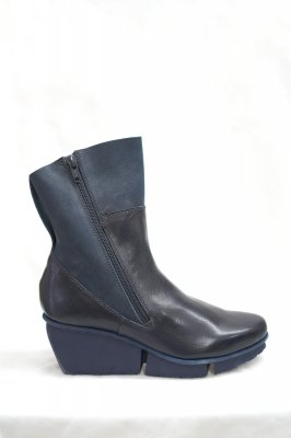 <img class='new_mark_img1' src='https://img.shop-pro.jp/img/new/icons12.gif' style='border:none;display:inline;margin:0px;padding:0px;width:auto;' />Side zipper ankle boots/サイドジップアンクルブーツ/trippen トリッペン ERUPTION