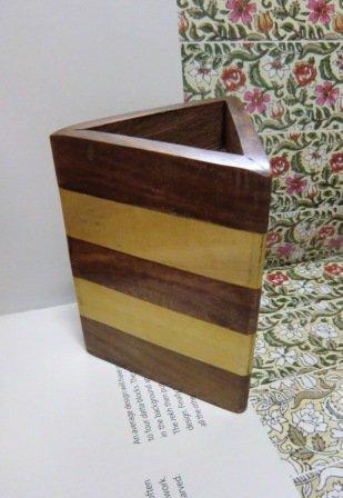 木製 三角形 ペンスタンド ボーダー