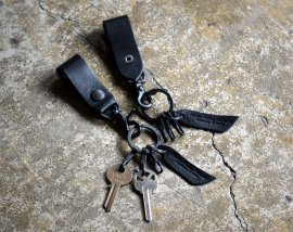 All Black Key Chain / Italy Vachetta Leather