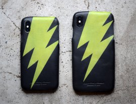 Thunder motif iPhone Case for iPhoneXS/XS MAX<img class='new_mark_img2' src='https://img.shop-pro.jp/img/new/icons13.gif' style='border:none;display:inline;margin:0px;padding:0px;width:auto;' />