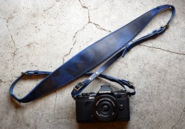 Italy Camouflage Leather Camera Strap [Navy]