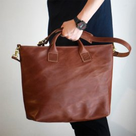 Roberu Ground Shoulder Bag<img class='new_mark_img2' src='https://img.shop-pro.jp/img/new/icons13.gif' style='border:none;display:inline;margin:0px;padding:0px;width:auto;' />