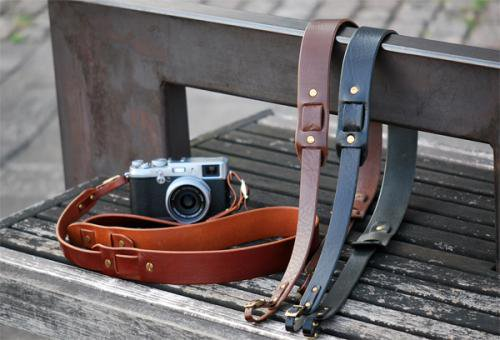 ANCHOR BRIDGE × ROBERU Camera Strap ETRUSCO