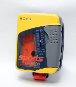 【SONY】WM-FS399  SONY SPORTS WALKMAN(ヘッドフォン付き)