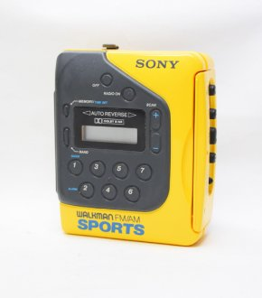 【SONY】WM-F2078  SONY SPORTS WALKMAN(ヘッドフォン付き)