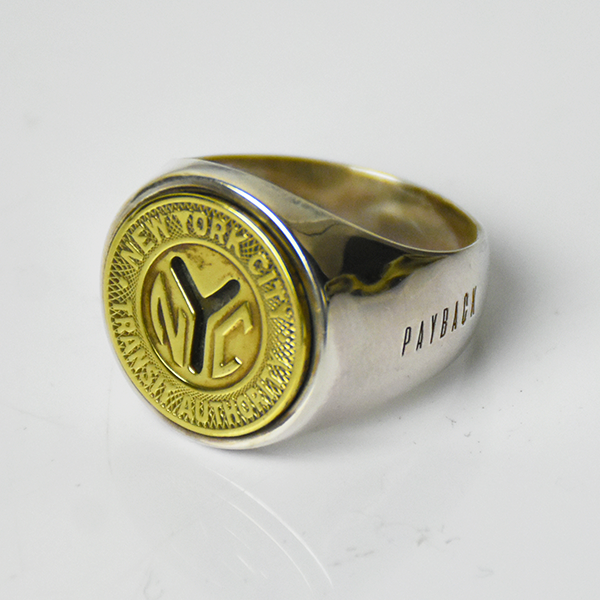 <img class='new_mark_img1' src='https://img.shop-pro.jp/img/new/icons8.gif' style='border:none;display:inline;margin:0px;padding:0px;width:auto;' />【PAYBACK】New York Token  Silver Ring(1953)