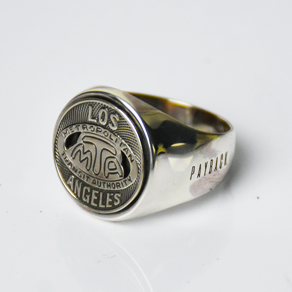 <img class='new_mark_img1' src='https://img.shop-pro.jp/img/new/icons8.gif' style='border:none;display:inline;margin:0px;padding:0px;width:auto;' />【PAYBACK】Los Angeles MTA Token Silver Ring