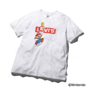 <img class='new_mark_img1' src='https://img.shop-pro.jp/img/new/icons5.gif' style='border:none;display:inline;margin:0px;padding:0px;width:auto;' />LEVI'S X SUPER MARIO グラフィッククルーネックTシャツ MARIO BOXTAB(WHITE)