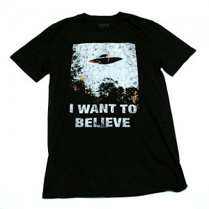<img class='new_mark_img1' src='https://img.shop-pro.jp/img/new/icons5.gif' style='border:none;display:inline;margin:0px;padding:0px;width:auto;' />X-ファイル I WANT TO BELIEVE Tシャツ