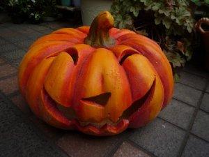 ハロウィンのカボチャ 特大!ジャックオーランタン