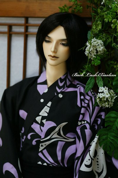 DollClans S-Lineサイズ(70cm) 黒に白と薄紫の幾何学柄浴衣<img class='new_mark_img2' src='https://img.shop-pro.jp/img/new/icons20.gif' style='border:none;display:inline;margin:0px;padding:0px;width:auto;' />