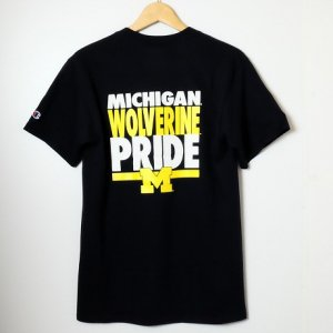 Champion USAチャンピオン・カレッジモデル国内未発売・ミシガン大学 Michigan Wolverines バックプリント・半袖Tシャツ