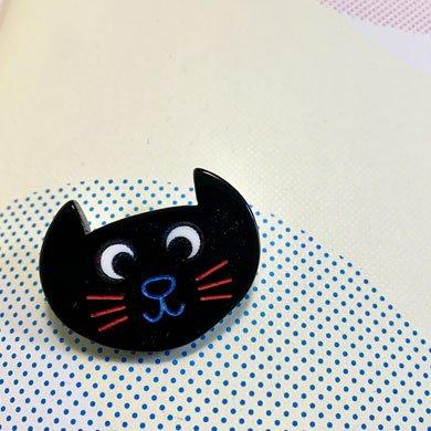 ネコ顔ブローチ 黒猫