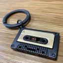 ベルギーデザイン メタルキーチェーン カセットテープ