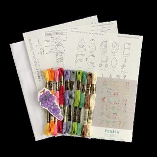 フルーツのアルファベットの刺繍キット
