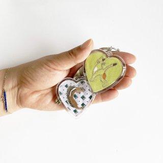 お好きな刺繍で作るキーホルダー(ハート)