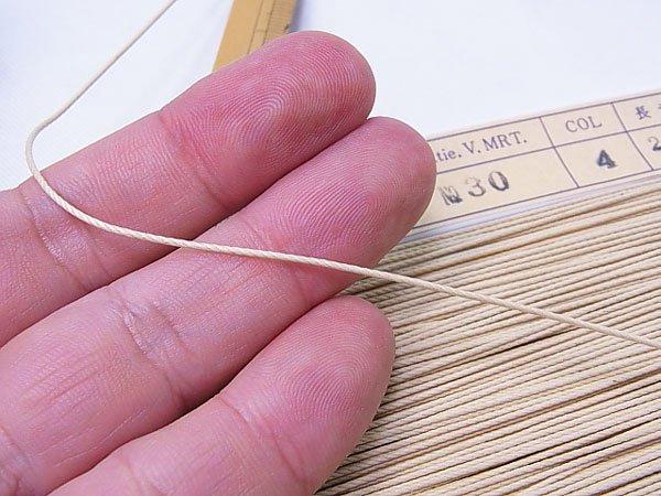 ロー引き紐 ローピングヤーン No30 col.9 焦茶 太さ約1mm 【参考画像3】