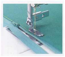 河口 ファスナー押え 直線/家庭用ミシンのアタッチメント 09-040 【参考画像1】