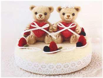 ■廃番■ ウェディングベアのケーキのリングピロー ハマナカ