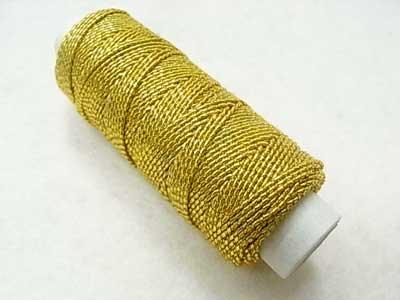 金天馬 ゴムカタン糸 金色 ゴムシャーリングやニットの伸び止めに 【参考画像1】