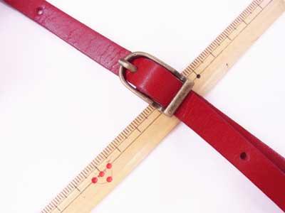 ショルダー持ち手 本革 赤 #102 幅約1cm 長さ約105cm〜125cm 【参考画像2】