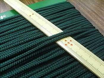 クララコード C-1000 深緑 ポリエステル紐 太さ約2.5mm 1反 約30m巻 【参考画像1】