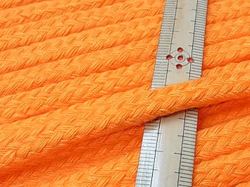 アクリルひも スピンドル紐 オレンジ 太さ約9x5mm 1反約25m