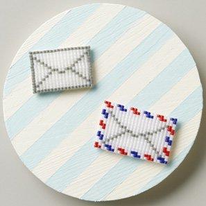 ■廃番■ クロバー カード型ビーズ織り機で作るブローチキット レター 61-411