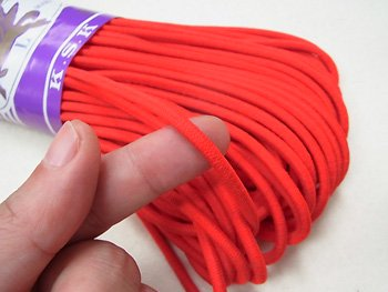 金天馬 ウーリーゴム 赤 L 直径約4mm 30m綛 KW00143