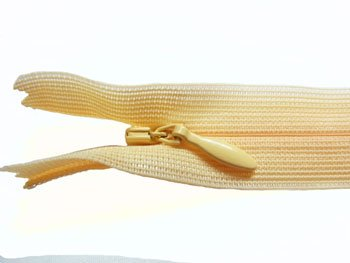 YKK 2CC コンシールファスナー 22cm col.505 肌色