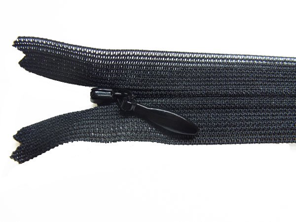 YKK 2CC コンシールファスナー 22cm col.580 黒 【参考画像1】