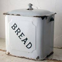 送料込!英国アンティーク ホーロー ブレッド缶  BREAD  収納 イギリス