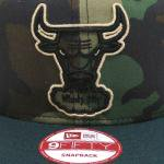 NEW ERA SNAPBACK CAP BULLS(CAMO/NAVY)/ニューエラ スナップバックキャップ カモフラ 迷彩柄<img class='new_mark_img2' src='https://img.shop-pro.jp/img/new/icons20.gif' style='border:none;display:inline;margin:0px;padding:0px;width:auto;' />