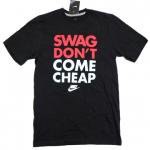 NIKE Graphic T-SHIRT(BLACK) SWAG DON'T COME CHEAP/ナイキ グラフィック Tシャツ<img class='new_mark_img2' src='https://img.shop-pro.jp/img/new/icons29.gif' style='border:none;display:inline;margin:0px;padding:0px;width:auto;' />