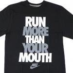 NIKE Graphic T-Shirt RUN MORE THAN YOUR MOUTH(BLACK/GRAY)/ナイキ Tシャツ<img class='new_mark_img2' src='https://img.shop-pro.jp/img/new/icons20.gif' style='border:none;display:inline;margin:0px;padding:0px;width:auto;' />