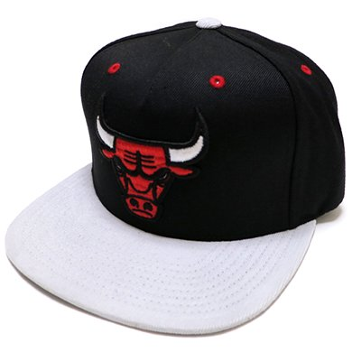 Mitchell & Ness Strap Adjustable cap CHICAGO BULLS(BLACK)/ミッチェル&ネス シカゴブルズ販売