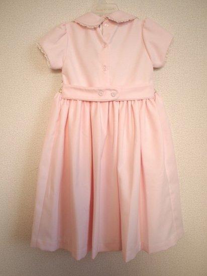 e6f5cb0aa29bf ヘアバンド付 スモッキング刺繍 半そでワンピース 《ピンク色 ...