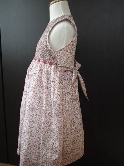 604f7d192ddca スモッキング刺繍 花柄ピンクワンピース - ハンドメイド刺繍&輸入子供服 ...