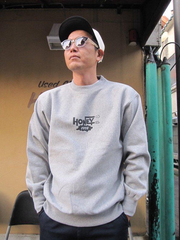 【HONEY WORKS】HONEY 1998 LOGO SWEAT (GRAY)