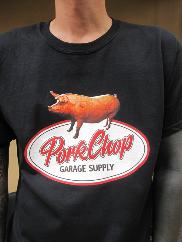 【PORKCHOP GARAGE SUPPLY】SCRIPT PORK TEE /  BLACK 3