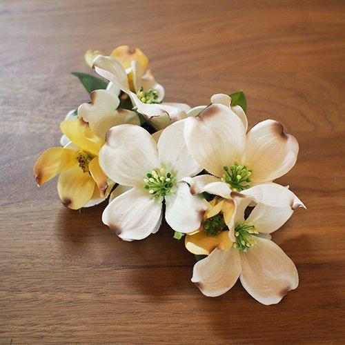 ヘアクリップ31 白色 花みずき【お届けまで3週間】