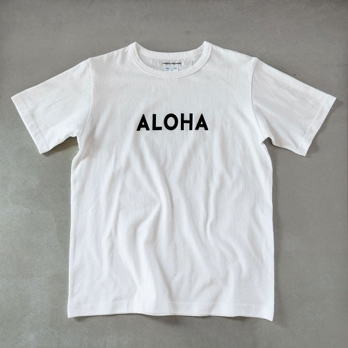 <img class='new_mark_img1' src='https://img.shop-pro.jp/img/new/icons6.gif' style='border:none;display:inline;margin:0px;padding:0px;width:auto;' />T-shirt aloha black/white