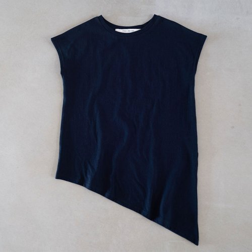 <img class='new_mark_img1' src='https://img.shop-pro.jp/img/new/icons6.gif' style='border:none;display:inline;margin:0px;padding:0px;width:auto;' />French sleeve bevel edge navy