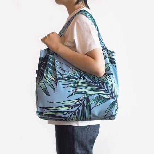 ハワイアンエコバッグ 水色 椰子柄
