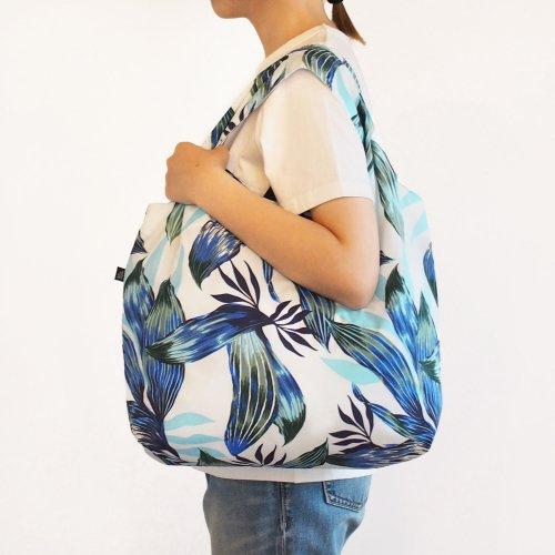 ハワイアンエコバッグ 水色×青色 ティーリーフ柄