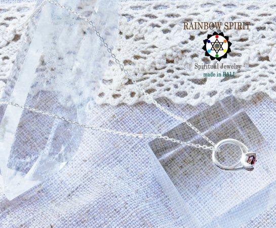 [Silver925]ガーネットのシルバーベビーリング・シルバーチェーン付き(1月の誕生石)