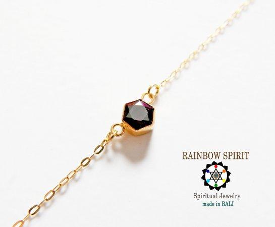 【GOLD K18YG】 六角形のガーネットの18金・イエローゴールドネックレス(K18刻印あり)
