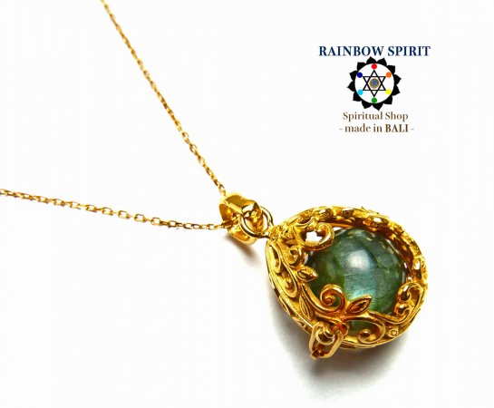 《バリ島ガムランボール》[純金コーティング/GOLD K24RGP]卵の形の中身が取り出せるゴールドネックレス(ラブラドライト…